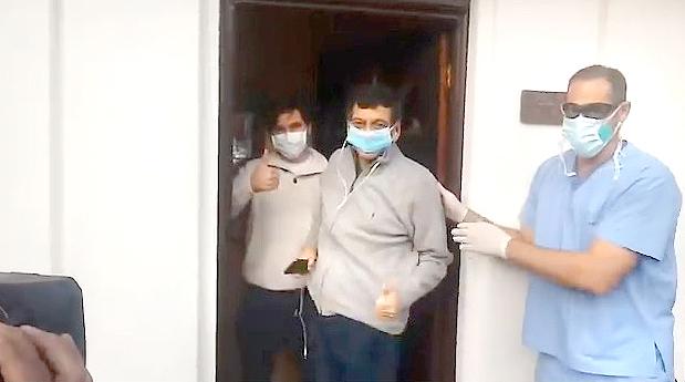Personal sanitario de la UCI contó cómo salvaron a dos pacientes graves