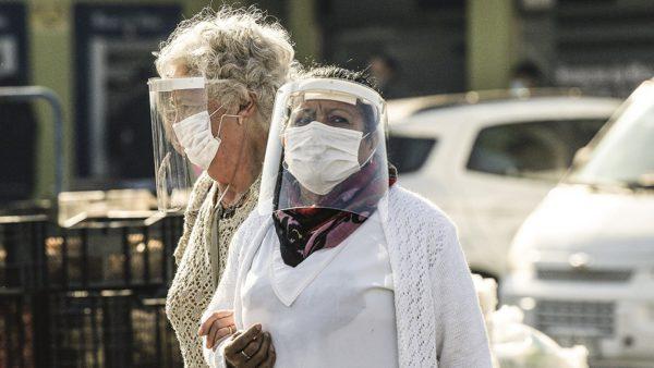 Chile reporta otra vez una cifra récord de muertes diarias por coronavirus