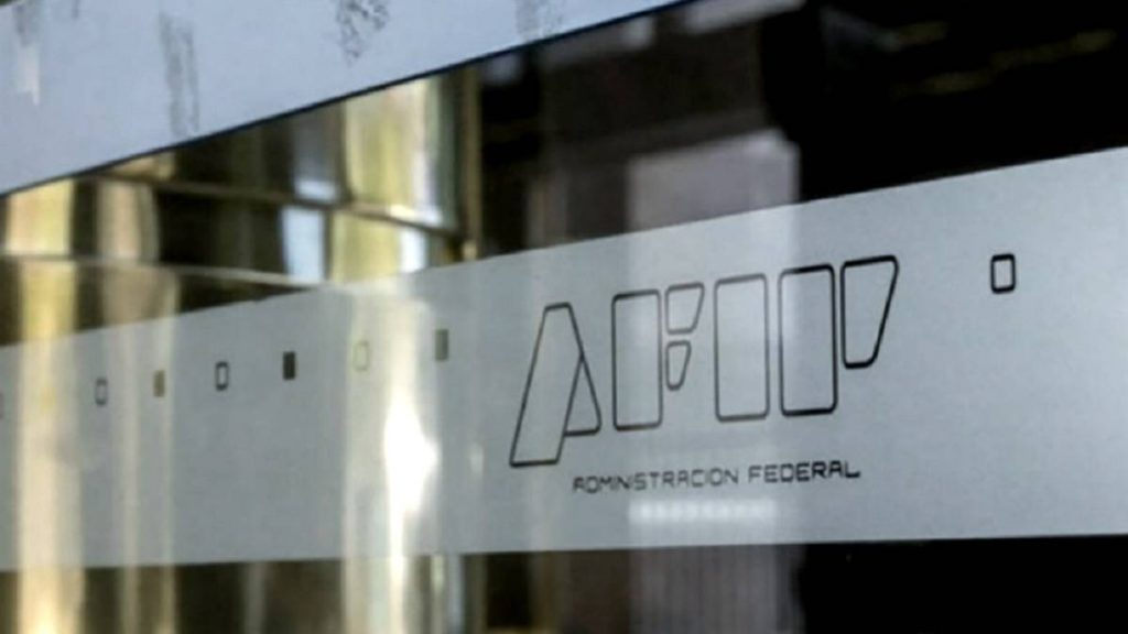 AFIP prorroga hasta fin de julio la presentación de Ganancias y Bienes Personales para personas