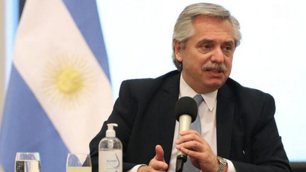 """Fernández: """"Que el legado de Belgrano nos convoque a estar unidos en este tiempo difícil"""""""