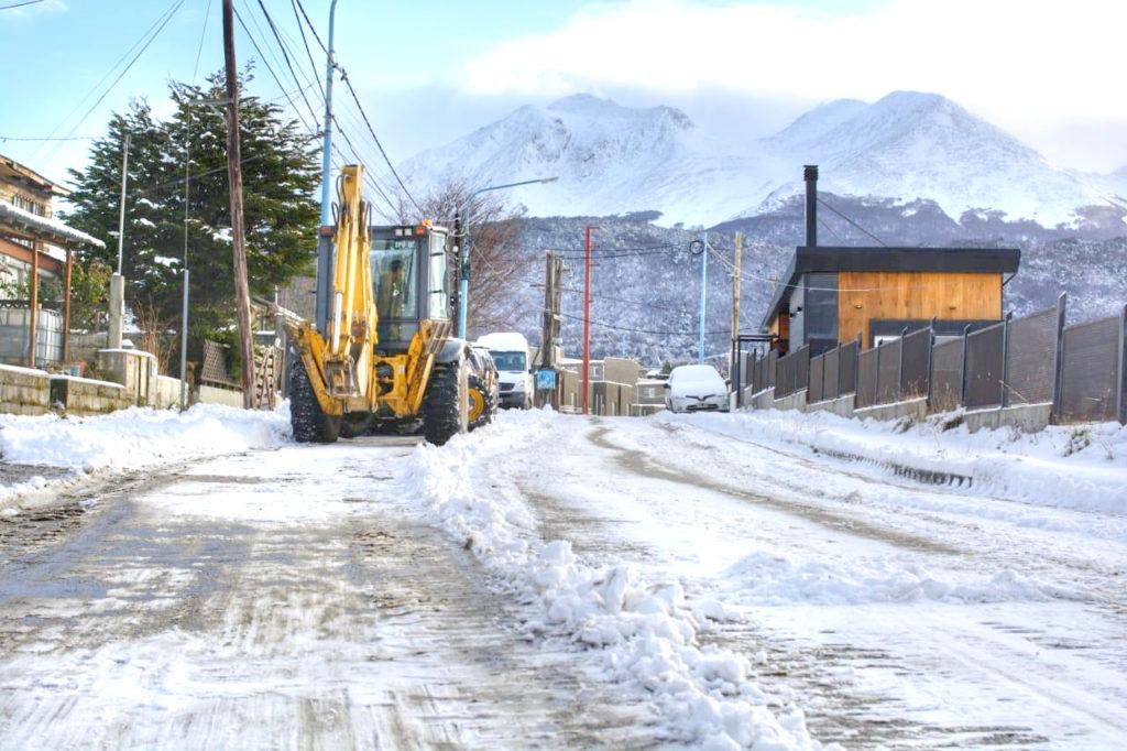 Volvió la nieve: En algunos sectores de Ushuaia hubo una acumulación superior a los cinco centímetros
