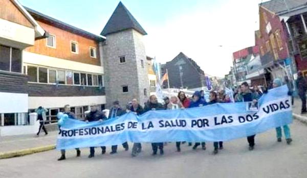 "Ushuaia volverá a manifestarse ""en favor de las dos vidas"""