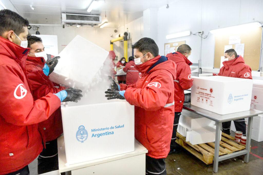 Vacunación: Llegan a la provincia 3600 dosis de la vacuna Sinopharm de China
