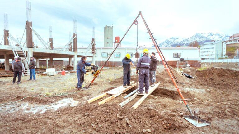 Nuevo Hospital Regional Ushuaia: Continúa la evaluación del suelo para reactivar la obra