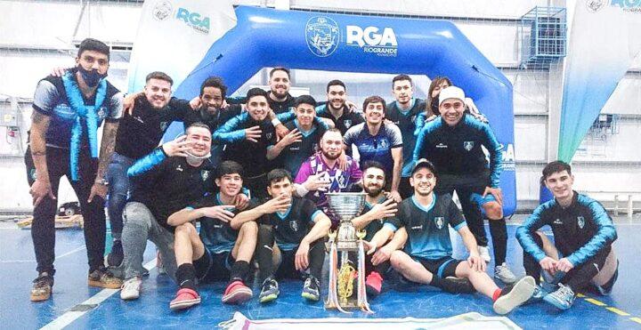 Luz y Fuerza gritó campeón en el Apertura